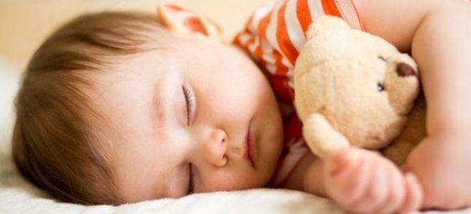 Фазы сна у детей до года: таблица по месяцам