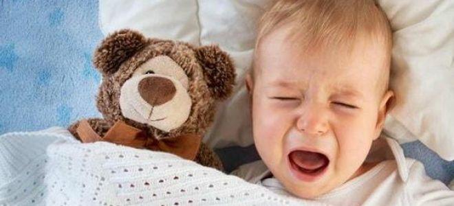 Почему годовалый ребенок плохо спит ночью: основные причины