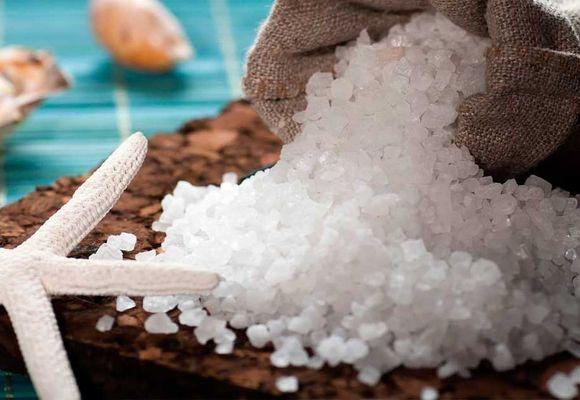 крупная морская соль в мешке