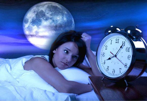 Плохо сплю в полнолуние почему