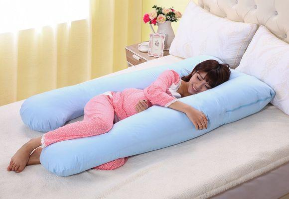 беременная на подушке для сна