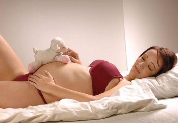 спать на спине беременной