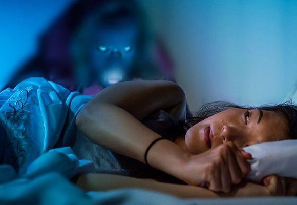 девушку парализовало во сне