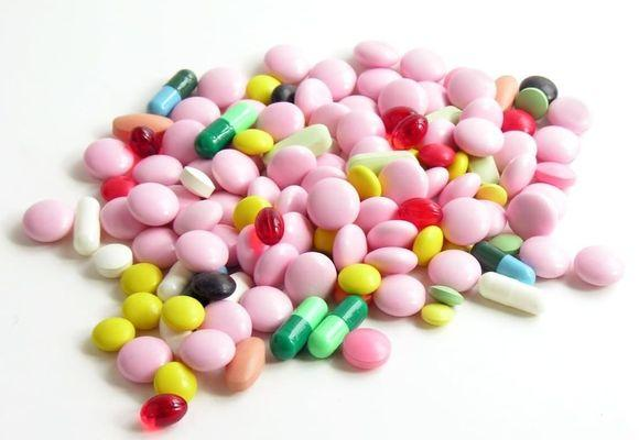 россыпь лекарств