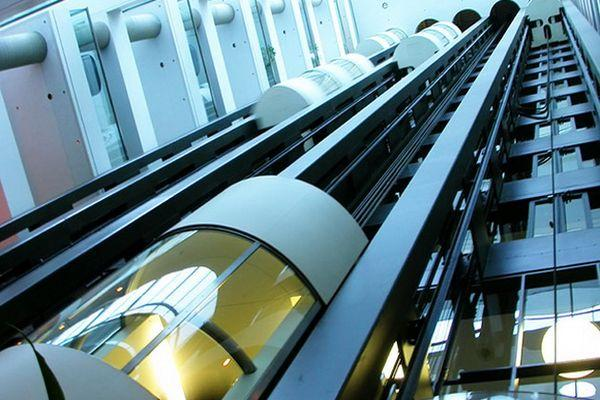 кабинка лифта